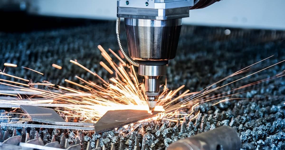 Преимущества лазерной резки листового металла